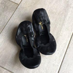 Yosi Samra Black Leather Ballet Flats